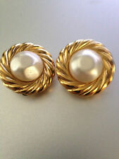 Auth CHANEL Vintage CC Logos Button GripoixPearl Earrings Clip-On