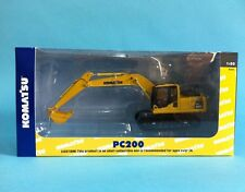 1:50 scale Universal Hobbies Komatsu PC200 Excavators metal Model