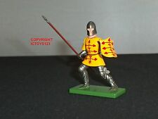 BRITAINS 41081 JAQUES DE CREQUY MEDIEVAL FOOT KNIGHT METAL TOY SOLDIER FIGURE