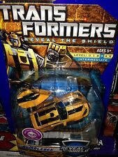 Transformers Universe Classics G1 Reveal The Shield Bumblebee Generations