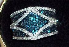 BLUE AND WHITE DIAMOND RING 1.5CT BEAUTIFUL RING.‏