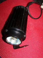 Schnäpchen Disko-Spot, 50 Wattstrahle/12V, 230V Netzbetrieb mit eingebaute.Trafo