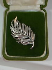 Vintage Lisner Silver tone Brooch Leaf Leaves Autumn Pin 10g 31