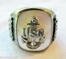 Vintage Sterling Silver Mother of Pearl MOP USN Navy Insignia Ring Size 9.75