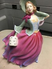 ROYAL DOULTON FIGURINE PRETTY LADIES AUTUMN BREEZE