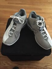 Ricky Davis Signed Game-Worn Sneakers Shoes Hologram COA NBA Cavs Cavaliers