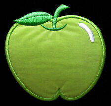 CUTE PRETTY GREEN APPLE Embroidered Iron on Patch Free Postage