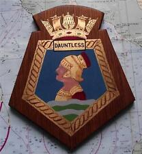 HMS DAUNTLESS ROYAL NAVY SAILOR pittura arte trincea Guerra CREST SCUDO PLACCA