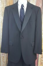 Jos A Bank Men's Single Breasted Tuxedo Dinner Suit 44 Regular 35x31