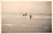Deutsche Soldaten Baden im Meer Brest Frankreich