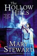 The Hollow Hills (The Arthurian Saga, Book 2) Stewart, Mary Paperback