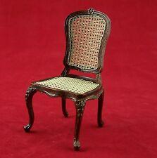 Barock Stuhl aus Holz von Creal, lakiert. Für 1:12 Puppenstuben. 9,5x5x5cm.