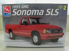 AMT / ERTL - 1995 GMC SONOMA SLS PICKUP TRUCK -  MODEL KIT (SEALED)