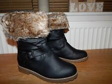 Bnwb Ch Creation Casual Flat Winter Faux Fur Lined Boots Size UK 7 Black (G133)