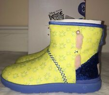 Ugg Australia Girls Disney In And Out Heart Kisses Mini Joy Boots Size 4