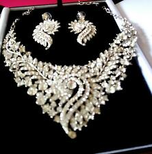 WEDDING / CRUISE  GLAMOUROUS NECKLACE /EARRING SET VERY SPARKLY-STUNNING