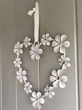 Pretty Chic White  Metal Hanging DAISY HEART Daisies have  Diamante Centers