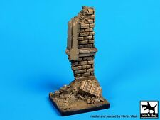 Black Dog 1/35 House Ruin Wall Section Diorama Base (50mm x 50mm) D35040