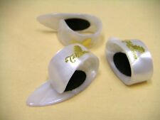 TAKAMINE Japan Guitar Finger Thumb pick 3pcs with Cleat pad Pearl White