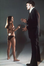 "Barbara Bach / Richard Kiel James Bond 007 10"" x 8"" Photograph no 1"