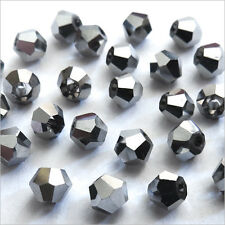40 Perlas Checas Tupis de Cristal 4mm Jet Hematites