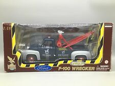 Vtg FAO Schwartz 1953 Ford F-100 Wrecker 1/18 Tow Truck 1998 Toy Damaged Box NEW