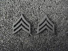 (A29-003) US Rangabzeichen Metall Sergeant Schwarz