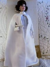 jackie kennedy porcelain doll franklin mint