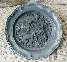 VINTAGE WEST GERMANY  ZINN PEWTER WALL HANGING PLATE - hunter  wild boar dog