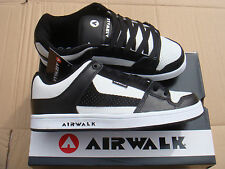 brand NEW BLACK/WHITE AIRWALK ROCK LOW SKATE trainers UK size 8