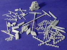 Resicast 1/35 Royal Electrical and Mechanical Engineers REME Equipment #1 352372