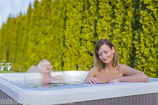 The Miami 3 seater HOT TUB - Plug & Play Spa      **3 PIN UK PLUG**