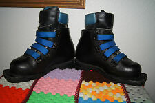 Leather MERRELL BOOTS Size 6 3-Pin Cross Country Ski Boots MERRELL TELEMARK BOOT