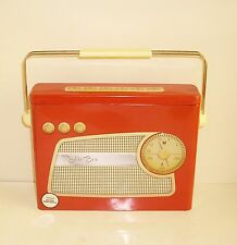 NOVELTY RADIO BOX BISCUIT TIN RETRO CLASSIC STYLE RED CREAM EMBOSSED WITH HANDLE