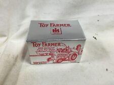 ERTL IH International 660 Tractor 1999 Toy Farmer Collector Edition 1/64 NIB
