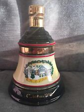 WADE PORCELAIN BELLS OLD SCOTCH WHISKEY BOTTLE/DECANTER FROM CHRISTMAS 1990 S