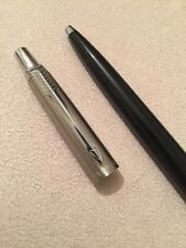 VINTAGE PARKER JOTTER BLACK & STEEL CT BALLPOINT PEN-USA-RED INK-EXWO