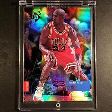 MICHAEL JORDAN 1997 UPPER DECK UD3 #23 STARSTRUCK HOLOFOIL REFRACTOR LIKE CARD