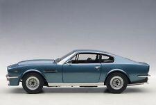 1:18 AUTOart ASTON MARTIN V8 VANTAGE (CHICHESTER BLUE) 1985