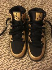Nike Air Jordan Black Gold. (2014)555112-905 Size 5.5 Y/ Woman's 7