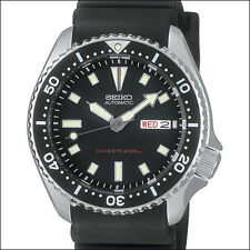 Seiko Black 21-Jewel Automatic Dive Watch with a Black Rubber Strap #SKX173