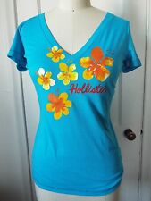 Hollister Floral Short Sleeve V-Neck T-Shirt Small Turquoise Blue NWT