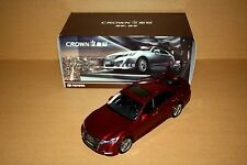 1/18 2015 Chinese New Toyota Crown red color diecast model
