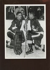 Vintage Gordie Howe & Terry Sawchuck 7 X 9 Hockey Wire Photo
