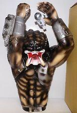 Predator: très grande marionnette à main faite par medicom en 1995