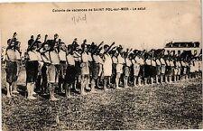 CPA Colonie de vacances de saint pol sur mer .- Le salut  (193345)