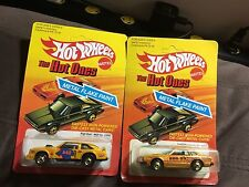 2 HOT WHEELS The Hot Ones Metal Flake cars Flat Out 442 & Datsun 200SX UNPUNCHED
