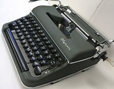 Olympia Manual Typewriter PROFESSIONALY RESTORED 1956 Green SM3 De Luxe w/Case