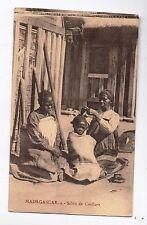 Carte postale MADAGASCAR. Salon de Coiffure. Procure des Missions. Années 20