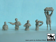 Blackdog Models 1/72 U.S. TANK CREW AND CIVILIAN Resin Figure Set